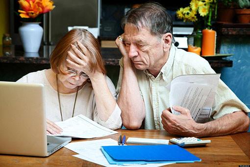 esli-pensioner-zadolzhal-po-kreditam